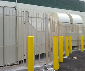 Commercial Property With Aluminum Fences